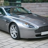 Aston Martin Vantage Coupe 2