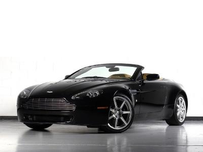 Aston Martin Vantage Roadster 1