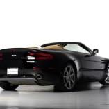 Aston Martin Vantage Roadster 2